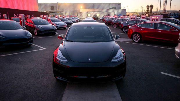 Mobil Bekas Tesla Jadi Mobil Listrik Paling Diburu