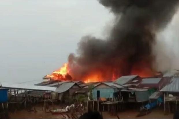 Tanjung Jabung Timur Gempar, Kobaran Api Luluhlantakkan 123 Rumah Warga