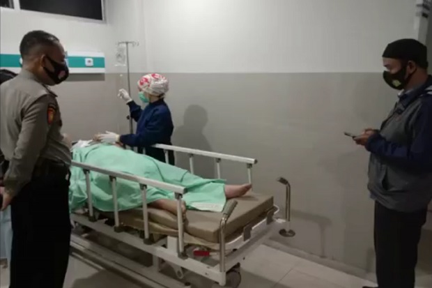 Prajurit TNI AU dan Teman Wanitanya Terkapar Ditembak Orang Tak Dikenal dalam Mobil