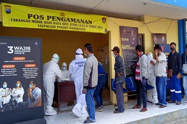 Hendak Menyeberang ke Surabaya Naik Feri, 4 Penumpang dari Bangkalan Positif COVID-19
