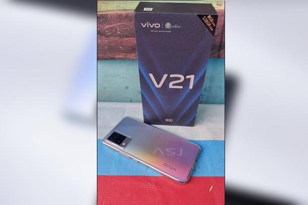 Unboxing vivo V21 5G, Menjajal Kecanggihan Kamera dan Tes Main MLBB