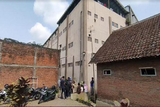 Heboh! 5 Calon TKI di Malang Nekat Lompat dari Atap Gedung, 3 Alami Patah Kaki