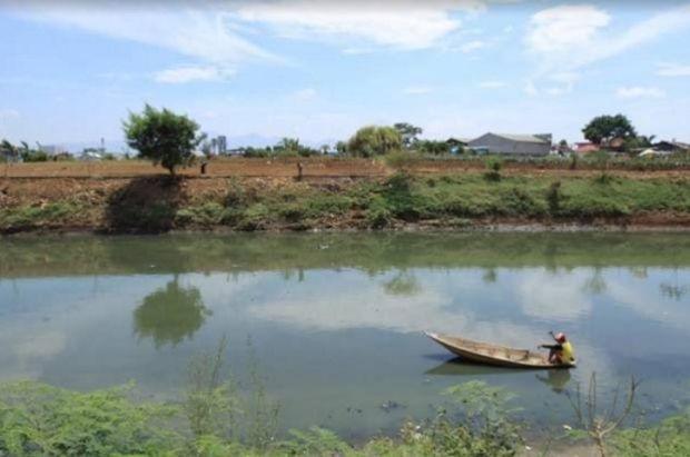 Diintai Banjir, Warga Pinggiran Sungai Citarum Diminta Pakai Aplikasi Bencana