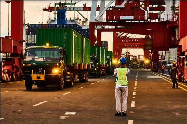 Pelindo III Terapkan Sistem Informasi untuk Pelabuhan Bebas Pungli