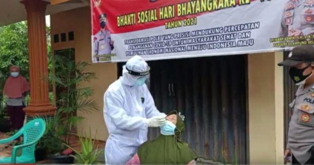 2 Desa di Lampung Selatan Lockdown, Polisi Buka Lapak Vaksinasi
