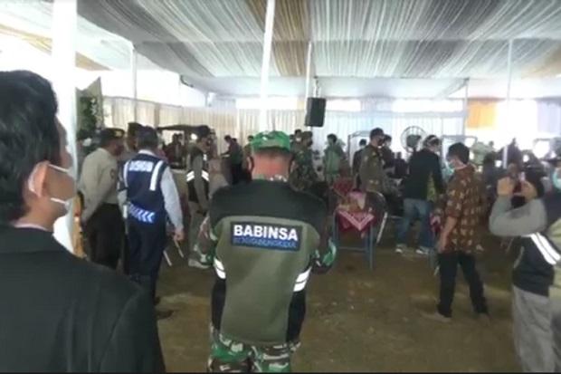 COVID-19 Menggila, Petugas Gabungan Bubarkan Paksa Pesta Pernikahan Anak Kepala Dusun