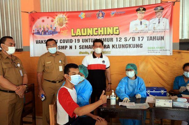 Bupati Suwirta Launching Vaksinasi Covid-19 untuk Umur 12-17 Tahun