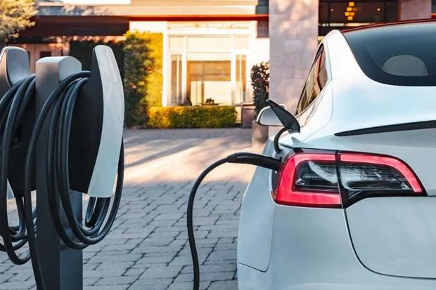 Daikin Kembangkan AC Mobil Listrik, Bisa Perpanjang Jangkauan hingga 50%