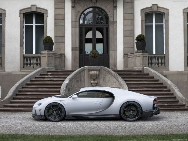 Bugatti Pastikan Tak Ada Bugatti Chiron Versi Atap Terbuka