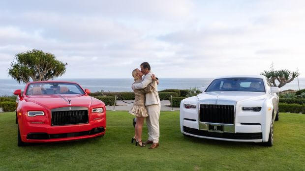 Perayaan Nikah 4 Dekade, Pasutri Crazy Rich Saling Hadiahkan Rolls-Royce Langka