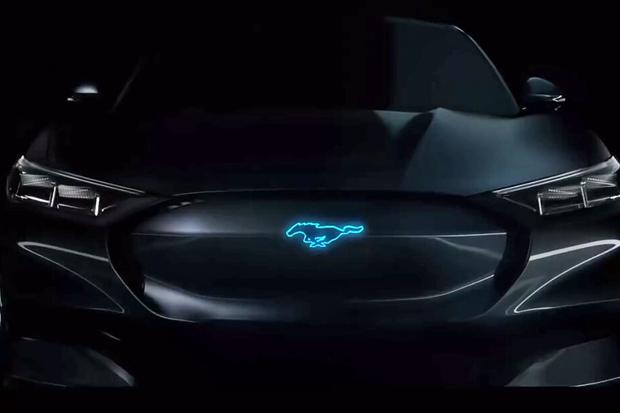 Pabrikan Ini Menggunakan Logo Hewan Pada Mobilnya, Apa Maknanya?
