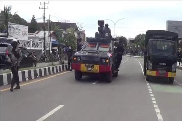 Pukul Mundur Massa yang Demo di Mapolresta Sorong, 15 Orang Ditangkap