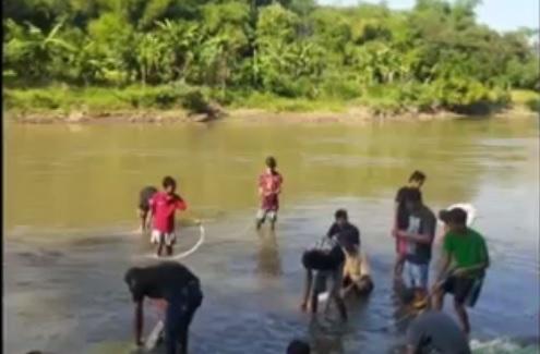 Asyik Mencuci Daging Qurban di Sungai Brantas, Pemuda Hanyut Terbawa Arus