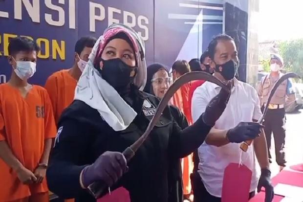 Cirebon Geger! Geng Motor Serang Lawan, Celurit Tembus Paru-paru dan 3 Jari Putus