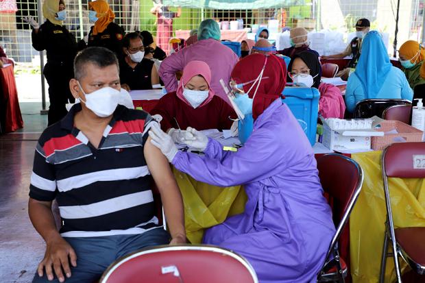 Limbah Masker Tak Terkendali, Ini Panduan Pakar Mikrobiologi