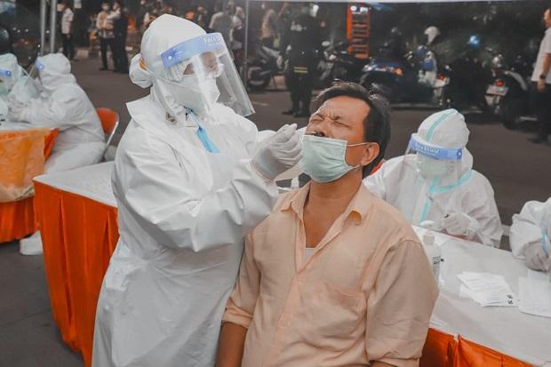 Testing Diperbanyak, 40 Ribu Swab Antigen Disebar ke Pelosok Surabaya