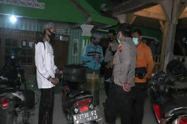 Ricuh Acara Selawatan di Ponpes Darut Tauhid Ngaringan karena Santri Disekat Aparat