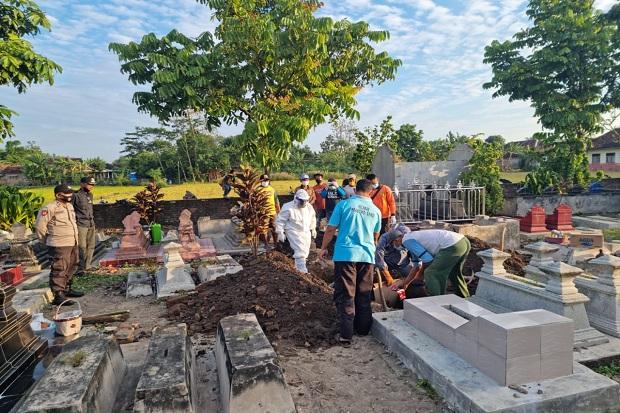Klaten Gempar, Kuburan Warga Dibongkar kembali karena Tali Pocong Lupa Dilepas