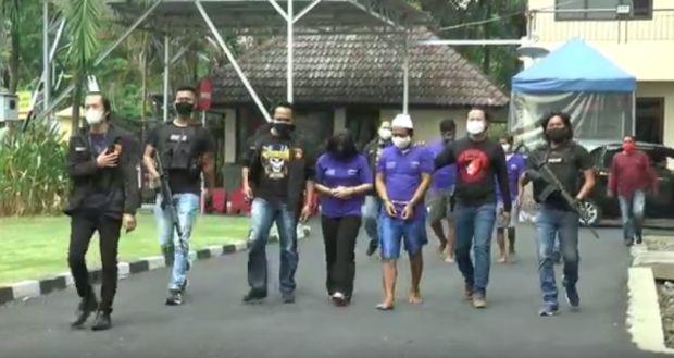 Usai Dirampok dan Diancam Linggis, 2 Pengusaha Semarang Dibuang di Tepi Hutan