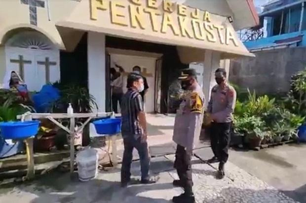 Gereja Pentakosta Dilempar Bom Molotov Saat Banyak Warga Mengungsi di Dalamnya