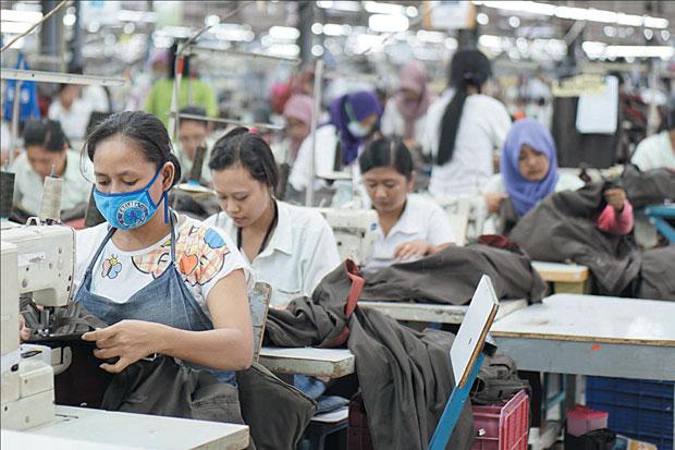 Perketat Prokes Kawasan Pabrik, Menperin: Tak Lapor Kena Sanksi