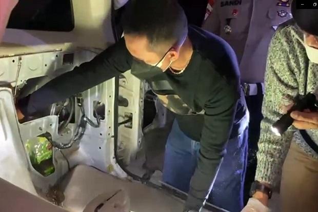 Musi Banyuasin Gempar, Minibus Angkut 10 Kg Sabu Tabrak Truk Boks