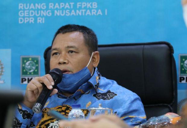 Wakil Ketua Komisi XI Dorong OJK Usut Oknum Nakal Perbankan Syariah