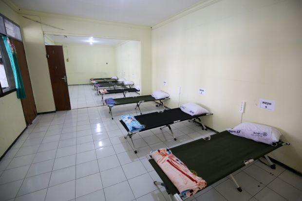Tidak Ada Ambulance dan Ruang Isolasi di Kelurahan Hanya untuk Warga Setempat