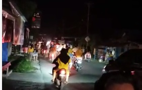 Gempa M 6,5 Guncang Sulteng, Warga Panik Berhamburan Keluar Rumah Cari Lokasi Aman