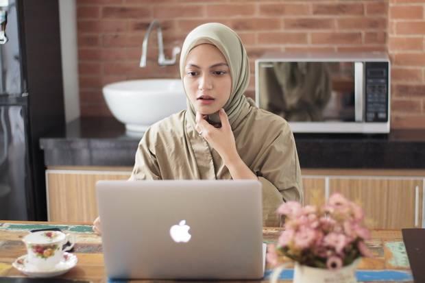 Kerjaan Dijamin Beres, Ini Dia 6 Tips Tetap Produktif Saat WFH