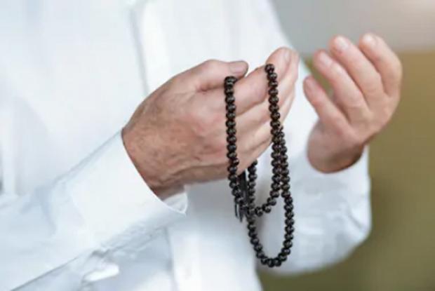 4 Hadis Tentang Doa Mustajab