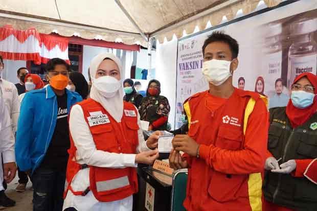 400 Orang Divaksin Hari Pertama Program Serbuan Vaksin Pemuda