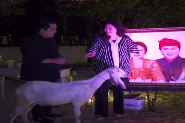 Hadiahi Istri Kambing Putih di HUT Pernikahan, Erick Thohir: Tunggu Cerita Seru si Ambyar!