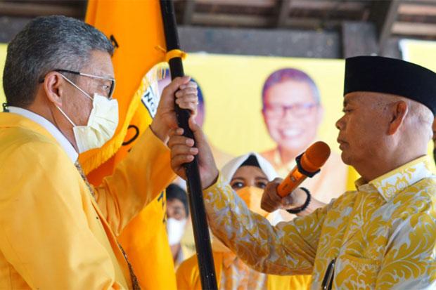 Taufan Pawe Minta Muslimin Bando Ajak Putranya Gabung Golkar