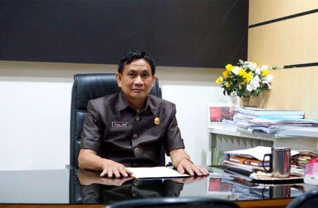Sekretariat DPRD WajoSabet Penghargaan dari KPP Pratama
