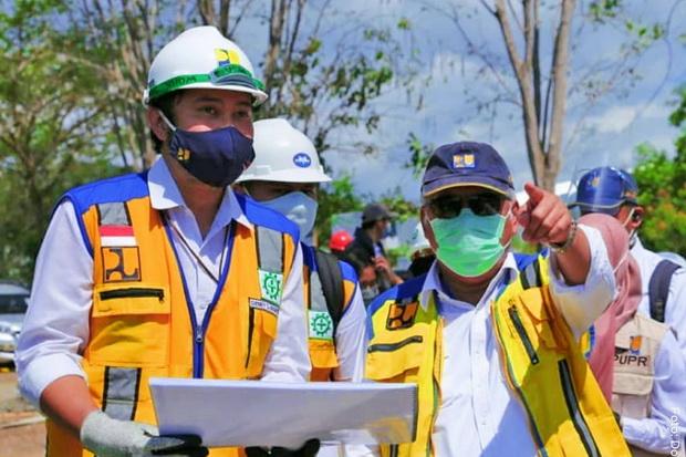 Poles Kawasan Labuan Bajo, Menteri Basuki Target Penataan Pantai Marina Selesai November 2021