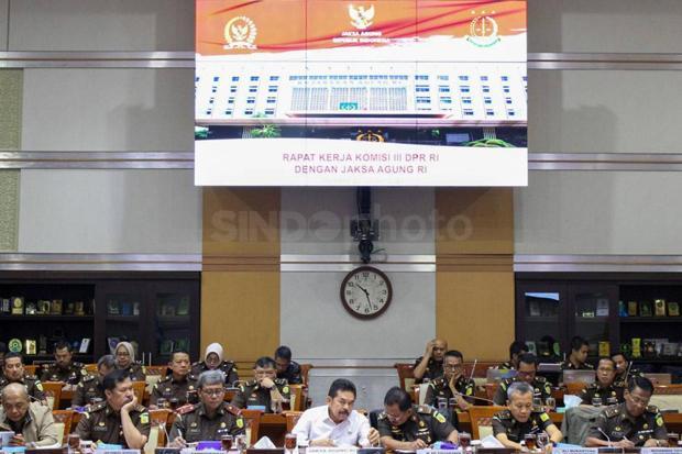 Komisi III DPR Soroti Lemahnya Pengawasan OJK Terhadap Jiwasraya
