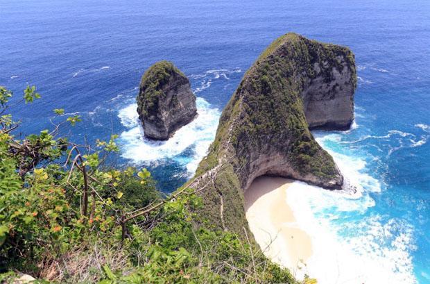 Nusa Penida Dipilih Jadi Lokasi Red Bull Cliff Diving 2020