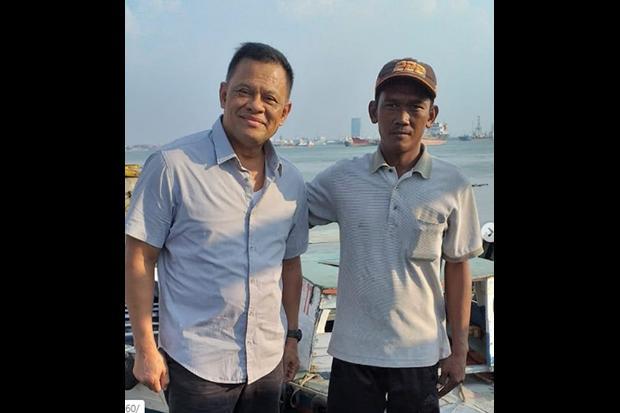 Lama Tak Terdengar Kabar, Gatot Nurmantyo Muncul Bersama Ojek Perahu