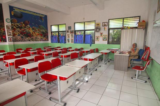 PSBB Diperpanjang, Sekolah di Jakarta Belum Bisa Terapkan Tatap Muka