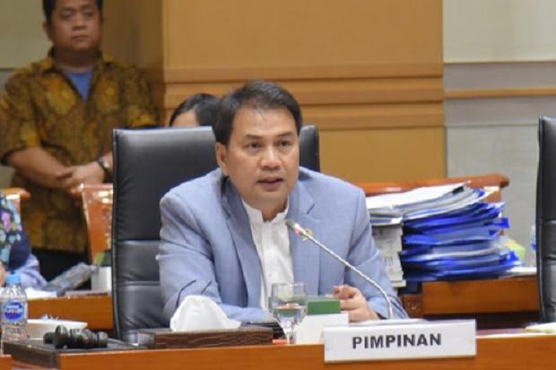 DPR Minta Komitmen Pemerintah Angkat Guru Honorer dengan Status PPPK