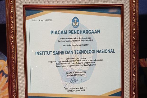ISTN Raih Penghargaan sebagai PTS dengan Jabatan Dosen Akademik Terbanyak