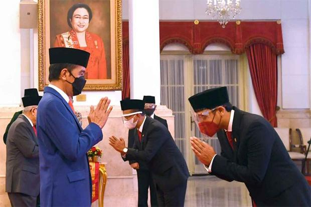 Peringati Hardiknas, Nadiem Ngobrol Bareng Jokowi lewat Podcast Sore Ini