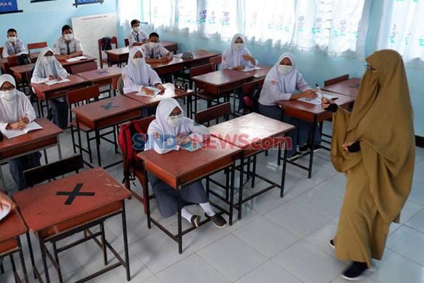Dukung Sekolah Tatap Muka, PDIP Usul Siswa Divaksin dan Tes Corona