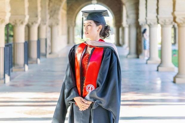 Hanya 2 Tahun, Maudy Ayunda Berhasil Tuntaskan Studi S2 di Stanford University