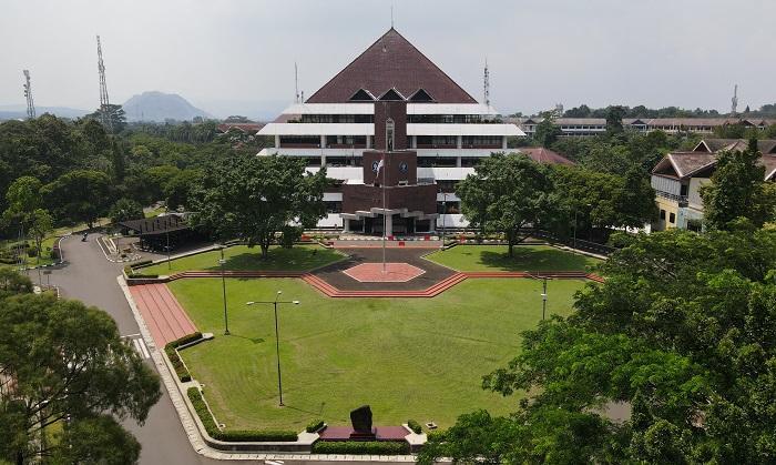 Peringkat IPB University Naik versi QS World University Rankings 2022