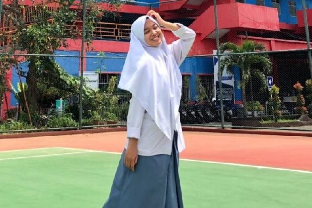 Mengenal Aprillia, Siswi Madrasah Peraih Nilai Sempurna UTBK SBMPTN 2021