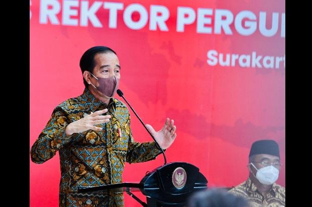 Sebut Mahasiswa Harus Paham Semuanya, Jokowi: Perbanyak Mata Kuliah Pilihan
