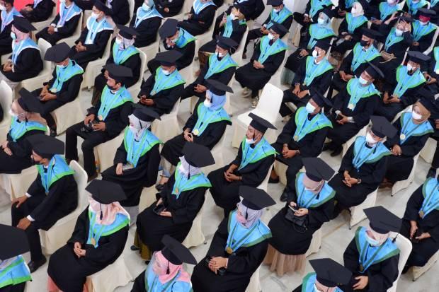 8 Tips untuk Lulus Kuliah dengan Predikat Cumlaude