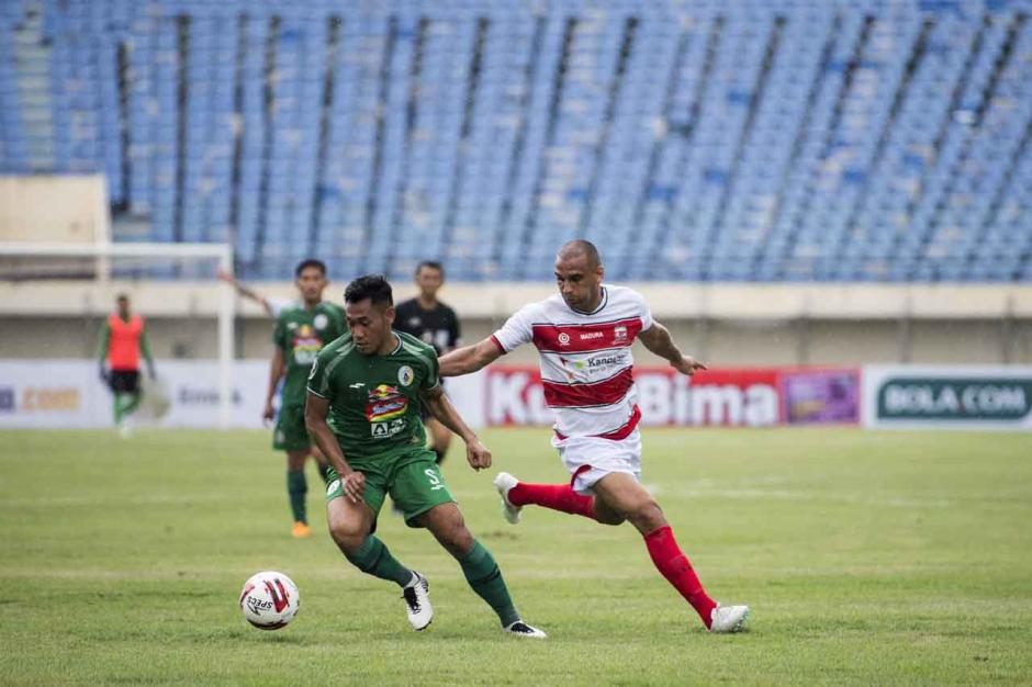 Piala Menpora 2021 : Madura United Tundukkan PSS 2-1-1